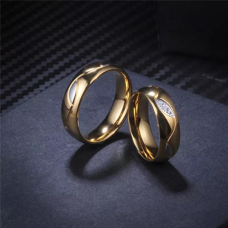 Willow Men's Band Ring